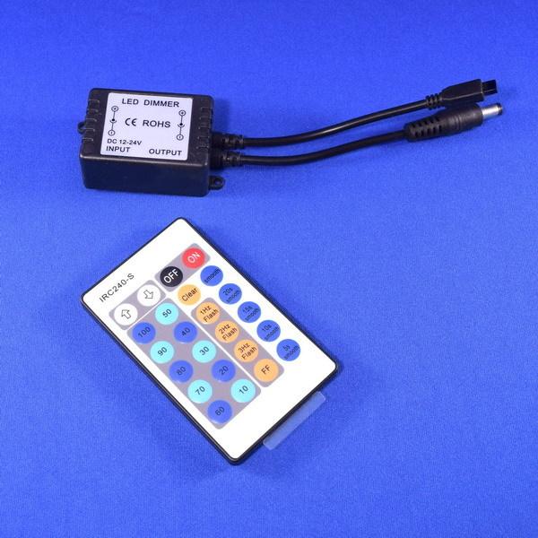 BeeLIGHTのLEDスティック専用調光コントローラー「BST-Dimmer controller」の商品画像。