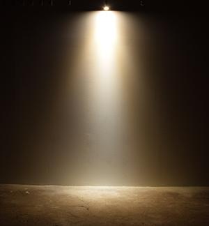 BeeLIGHTのLED電球「BH-0711N-25」の配光写真